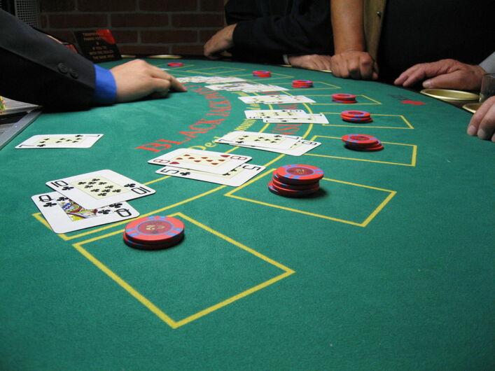 How to play blackjack dummies' guide.