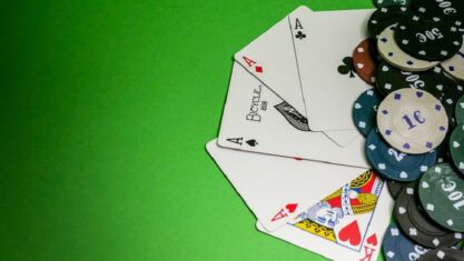 How to Play Gambling Games Online